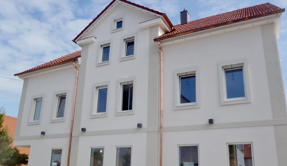 Fenstereinfassung, Wohnhaus Metzingen